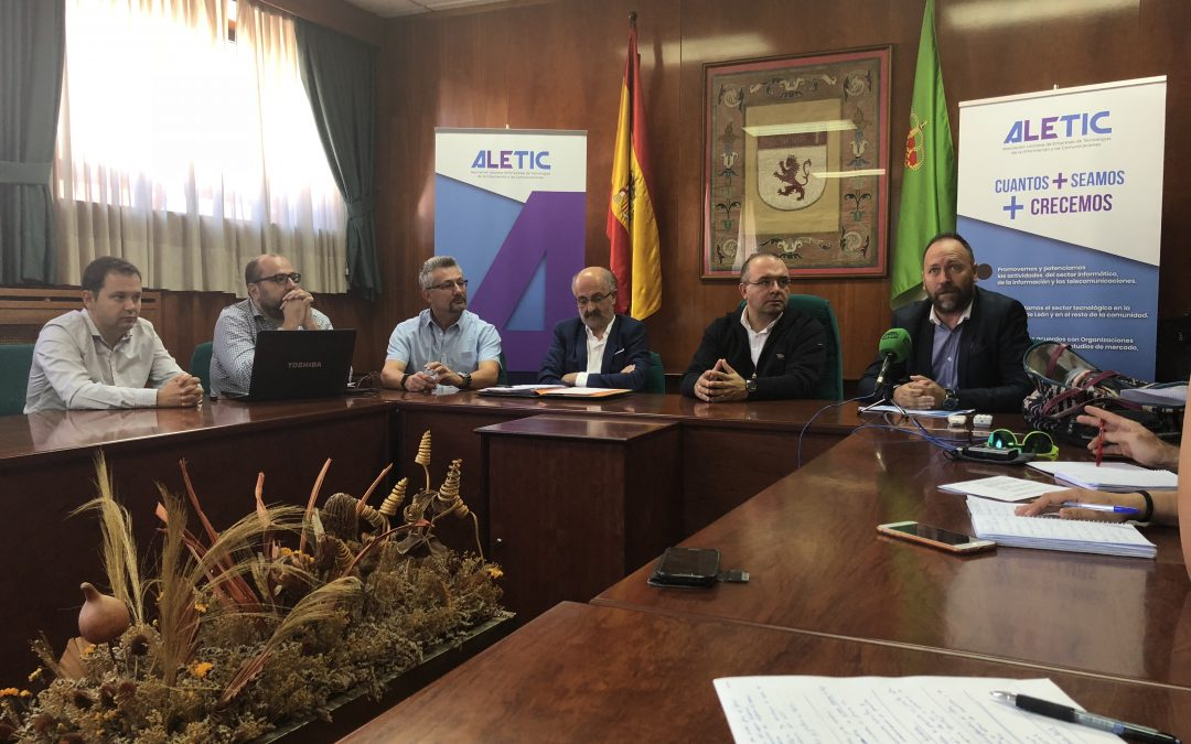 """La Universidad de León y Aletic presentan el máster en """"Marketing Digital y Comercio Electrónico"""""""